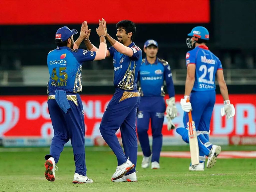 Rohit Sharma and Jasprit Bumrah celebrating after Stoinis wicket(MI vs DC)